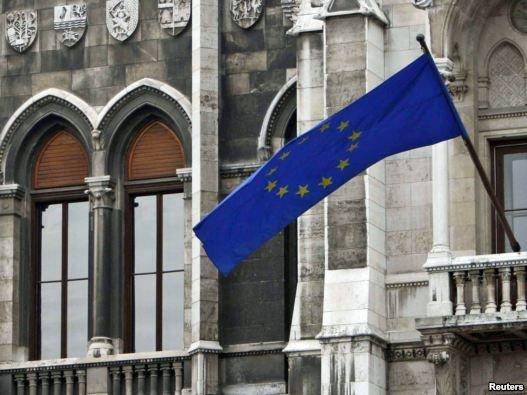 اتحادیه اروپا اعمال تحریم های تازه علیه ایران را بررسی می کند