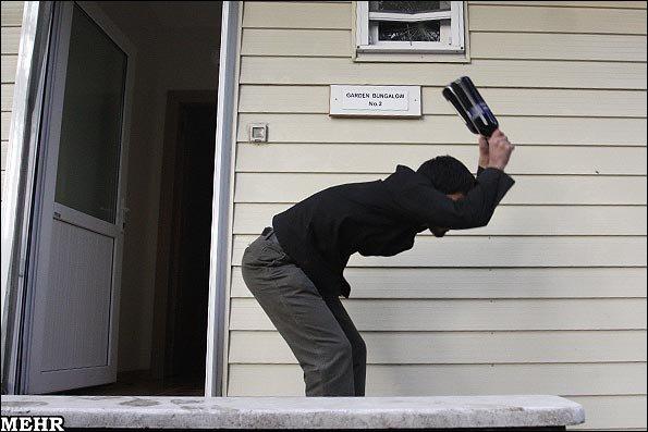 تصاویر جدیدی از حمله به سفارت بریتانیا