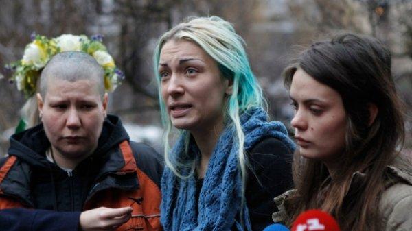 بدرفتاری با فمینیست های نیمه برهنۀ اوکراینی در بلاروس