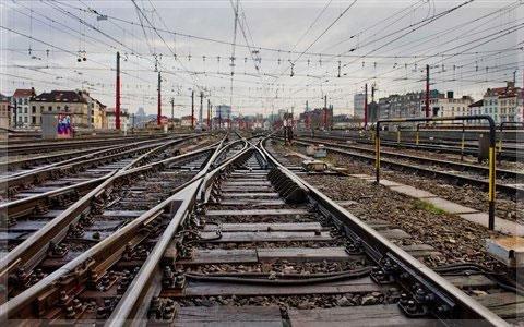 تاثیر اعتصاب کارکنان حمل و نقل بر مسافران اروپا