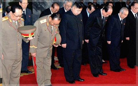 کره شمالی پسر کیم یونگ ایل را بعنوان فرمانده عالی می ستاید