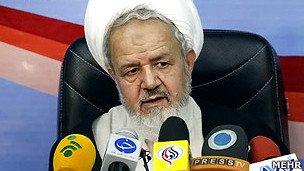 نماینده آیتالله خامنهای در سپاه: مجلس باید در دست افراد اصولگرا باشد