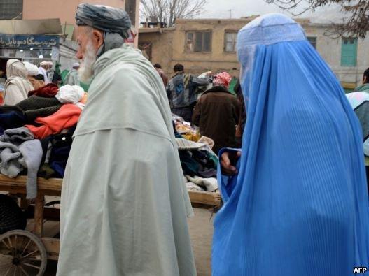 نجات دختر افغان پس از پنج ماه حبس در توالت