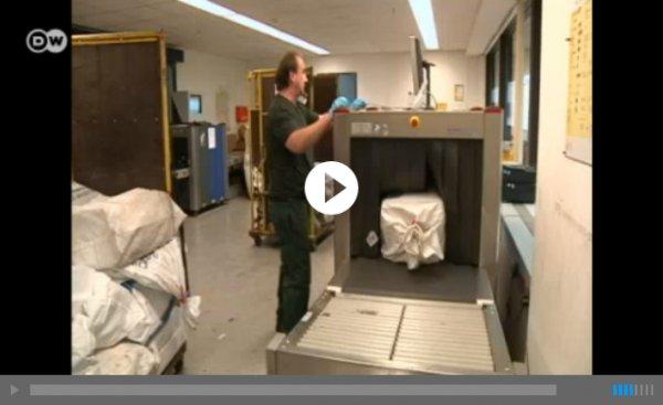 قاچاقچیان و جاسازی مواد مخدر در بستههای پستی