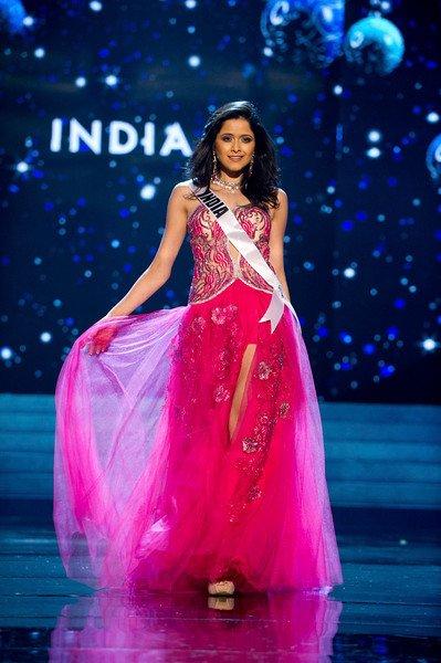 آغاز رقابت نمایندگان ۸۹ کشور برای کسب تاج ملکه زیبایی جهان - 1