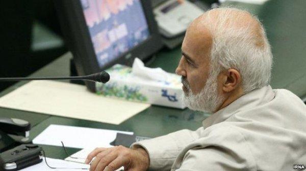 اخطار قانون اساسی در مجلس به اظهارات تلویزیونی محمود احمدینژاد