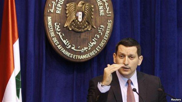 گاردین: سخنگوی فراری بشار اسد با آمریکا همکاری میکند