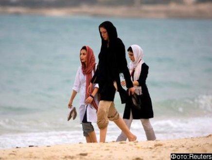 کارکنان زن روس نیروگاه اتمی بوشهر ''حق حجاب'' دریافت می کنند