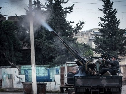 ارتش آزاد سوریه 3 فرودگاه شهر حلب را به محاصره خود در آورد