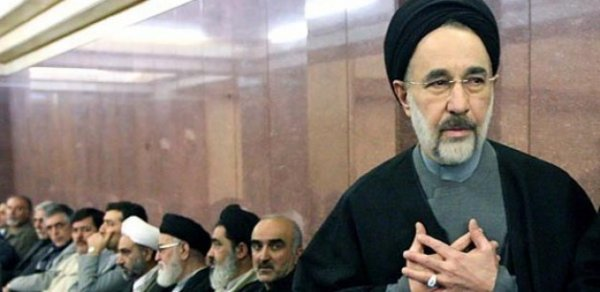 نامه محمد خاتمی به رهبر جمهوری اسلامی تکذیب شد