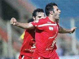 اولین برد گل محمدی در لیگ