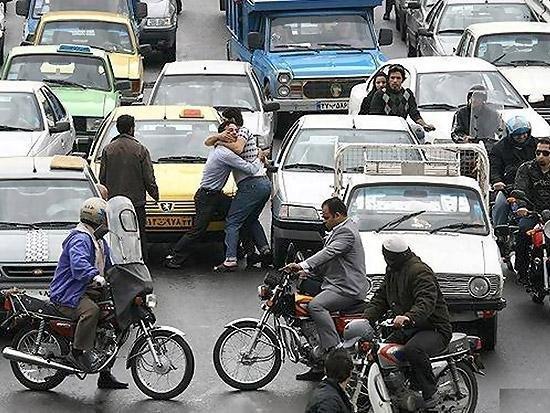 «فحاشی» عامل 60 درصد نزاعهای خیابانی