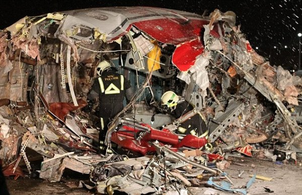 سقوط و چند تکه شدن توپولف روسی در فرودگاه مسکو