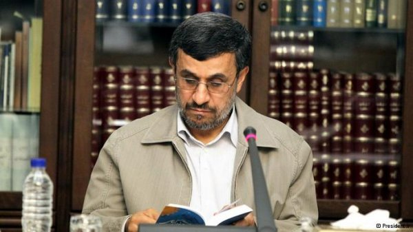 احمدی نژاد به دادگاه احضار شد