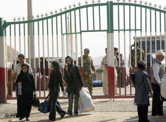 آنها که نیمی از وجودشان در ایران ماند؛ چند نسل پناهنده