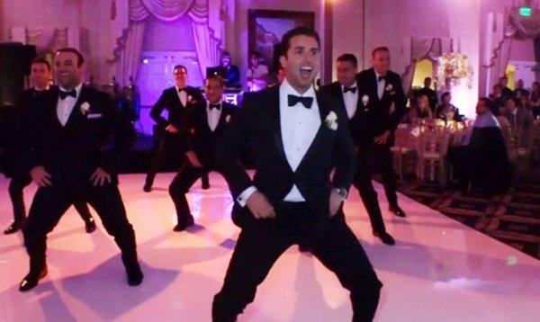 دانلود کلیپ رقص داماد ایرانی در امریکا